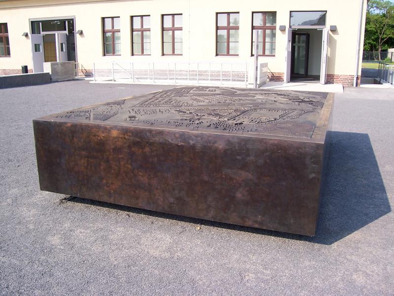 Gedenkstätte Sachsenhausen Topographisches Modell (Oranienburg) (2004)